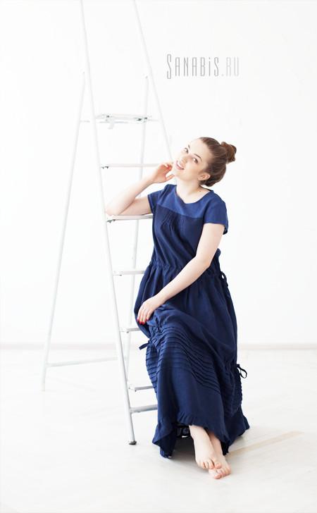 Льняное платье двух оттенков Синего